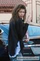VISITING VAL  - zendaya-coleman photo