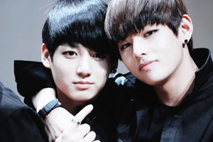 kookie~ v so cute❤ ❥