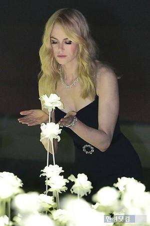 Nicole Kidman - Omega バタフライ, 蝶