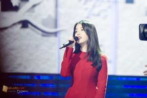 141126 IU at 16th the Korea-China muziki Festival