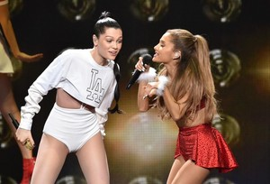 Ariana Grande and Jessie J performing on baciare FM'S Jingle Ball in Los Angeles
