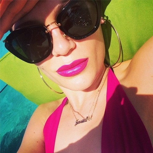 Jessie J fondo de pantalla containing sunglasses titled ღ Jessie J