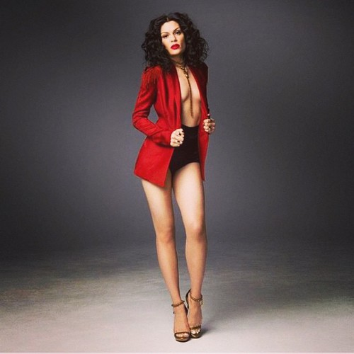 Jessie J karatasi la kupamba ukuta possibly containing attractiveness titled ღ Jessie J