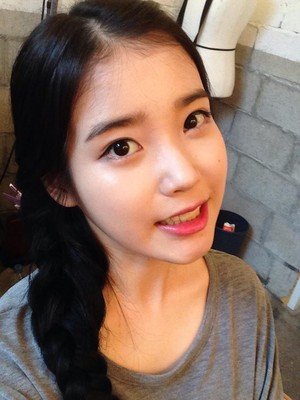 141129 New selca from iu