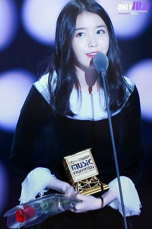 141206 IU at the 2014 MAMA