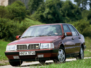 1986 Lancia Thema 8.3 (equipped with a Ferrari V8 engine)