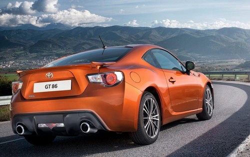 voitures de sport fond d'écran probably with a sedan and a coupé called 2014 Toyota GT86