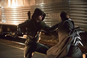 Arrow Season 3 Episode 8 foto The Ribelle - The Brave and the Bold