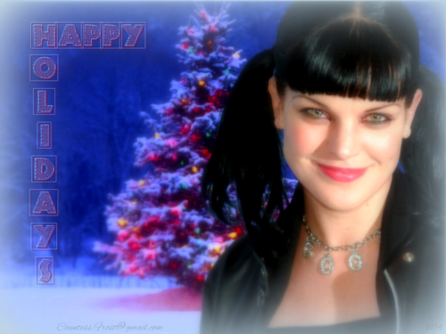 Abby Sciuto wallpaper containing a portrait entitled Abby's Happy Holidays
