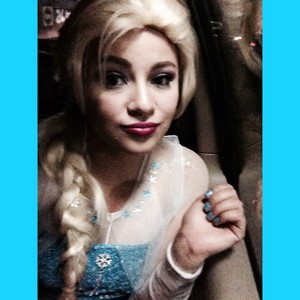 Anna faith elsa look alike