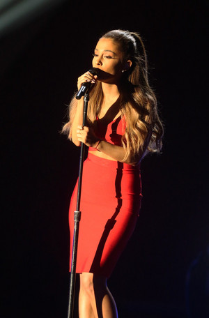 Ariana Grande performing at the Very Grammy navidad in Los Angeles