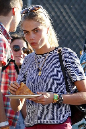 Cara at Coachella 2014 siku 1