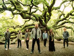 Casting Crowns achtergrond
