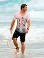 Chris Hemsworth surfing