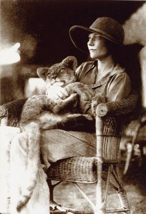Countess Alice de Janzé (28 September 1899 – 30 September 1941)