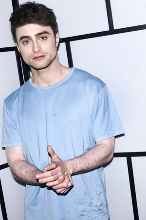 Daniel Radcliffe Photoshoot For 'The Luân Đôn Magazine' new pics (Fb.com/DanielJacobRadcliffeFanClubs)