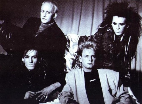 Dead অথবা Alive band দেওয়ালপত্র called Dead অথবা alive