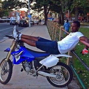 Dirt Bike Rell Chillin In the city