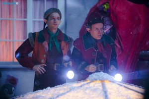 Doctor Who - Episode 9.00 - Last navidad - Promotional Pictures