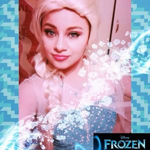 Elsa look alike