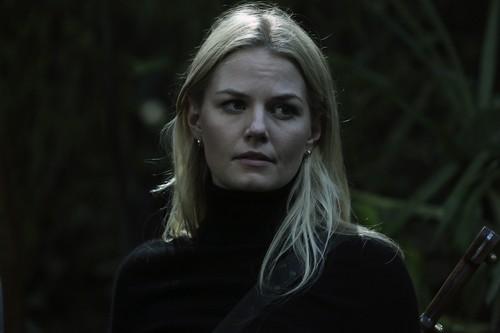 Emma cygne fond d'écran containing a portrait called Emma - 3x08