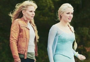 "Emma and Elsa in ""Fall"""