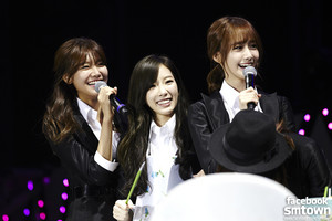 GIRLS' GENERATION 1st प्रशंसक PARTY 「Mr.Mr.」 in CHONGQING
