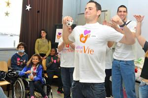 Gregoire Akcelrod Visits Children's Hospital in France