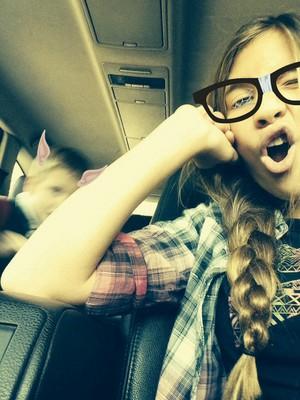Hannah Schroering beauty selfie