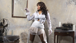 House of Haunted Divas - Layla