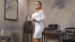 House of Haunted Divas - Natalya