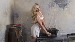 House of Haunted Divas - Summer Rae