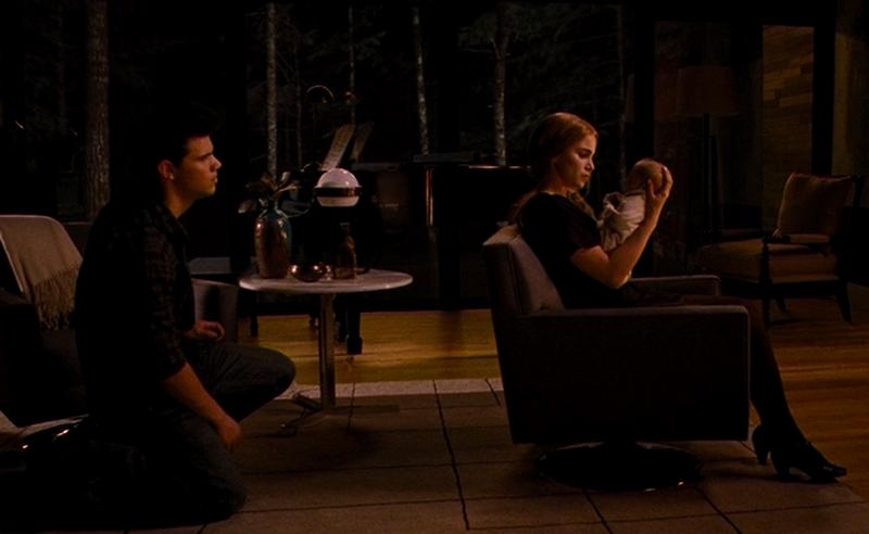 Jacob Imprints On Renesmee