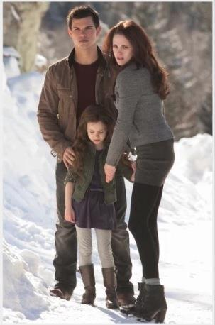 Twilight Series پیپر وال containing a snowbank, a ski resort, and an igloo titled Jacob, Nessie and Bella