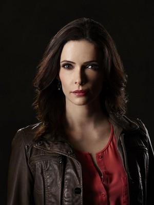 Juliette Silverton - Season 4 - Cast चित्र