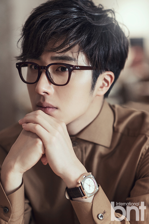 http://images6.fanpop.com/image/photos/37800000/Jung-Il-Woo-for-International-bnt-jung-il-woo-37852874-520-780.jpg