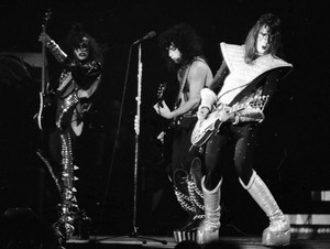 KISS....the Cow Palace 1977