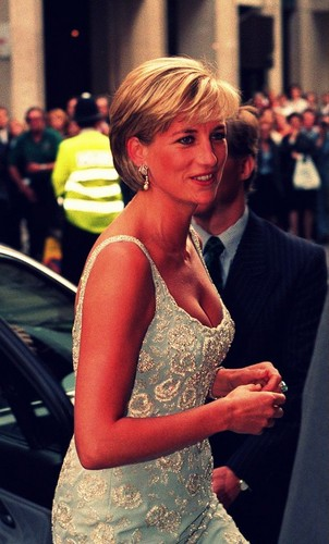 Princess Diana achtergrond with a business suit titled Lady Diana ♥