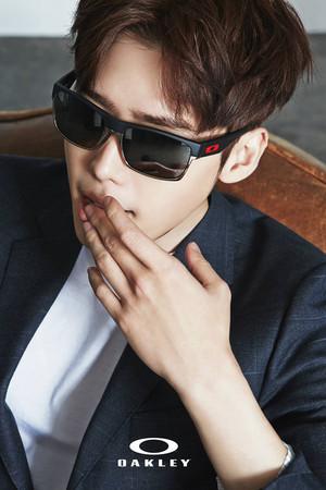 Lee Jong Seok for Oakley