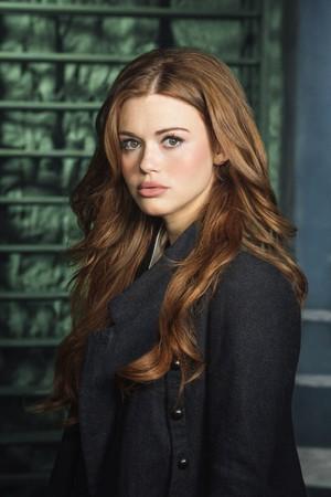 Lydia - Season 4