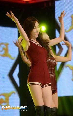 Mina - toon Champion