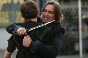 Mr. Gold- 3x11- Going accueil