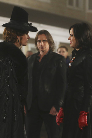 Mr. Gold- 3x16- It's Not Easy Being Green