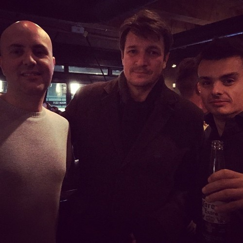 Nathan Fillion & Stana Katic karatasi la kupamba ukuta probably containing a business suit entitled Nathan and fans(November,2014)