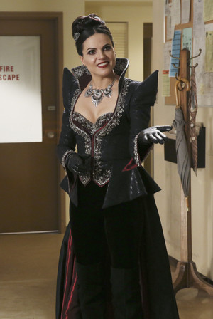 Once Upon a Time - Episode 4.10 - Shattered Sight