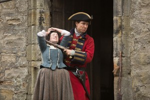 "Outlander ""Castle Leoch"" (1x02) promotional picture"