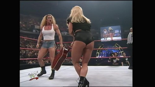 Бывшая дива WWE... Дебра Обои possibly with hosiery, bare legs, and a leotard called Over The Edge 1999