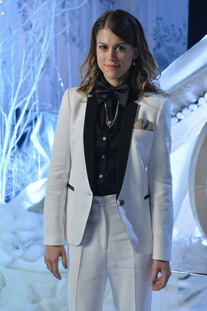 "PPL ""How A mencuri Christmas"" (5x13) promotional picture"