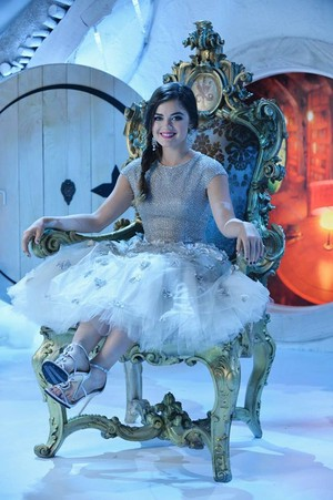 "PPL ""How A Stole Christmas"" (5x13) promotional picture"
