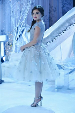 """PPL """"How A mencuri Christmas"""" (5x13) promotional picture"""